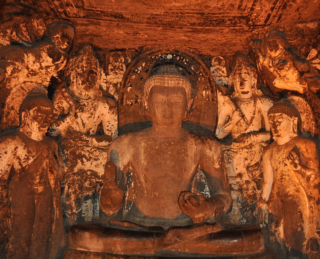 1024px-Ajanta_Ellora_buddha_statue_aurangabad_maharastra