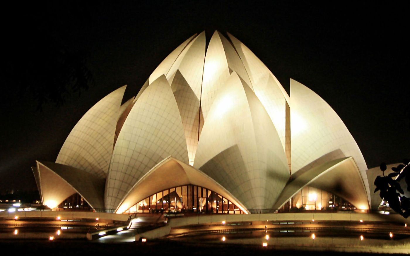 Lotus temple all about india for The lotus temple